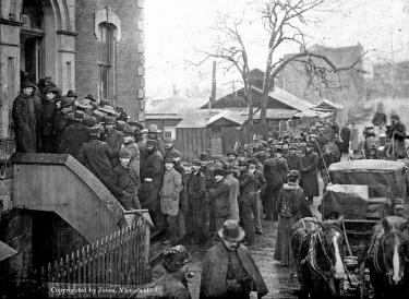 Klondikers buying miner's licenses at Custom House, Victoria, B C, Feb 21, 1898