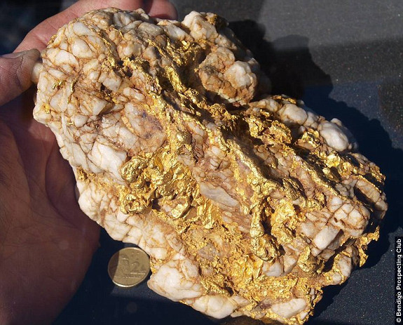 65 ounce nugget of Tarnagulla gold-photo: Bendingo Prospecting CLub